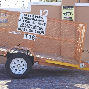 Mesh trailer 2.4 m x 1.5m x 1m light
